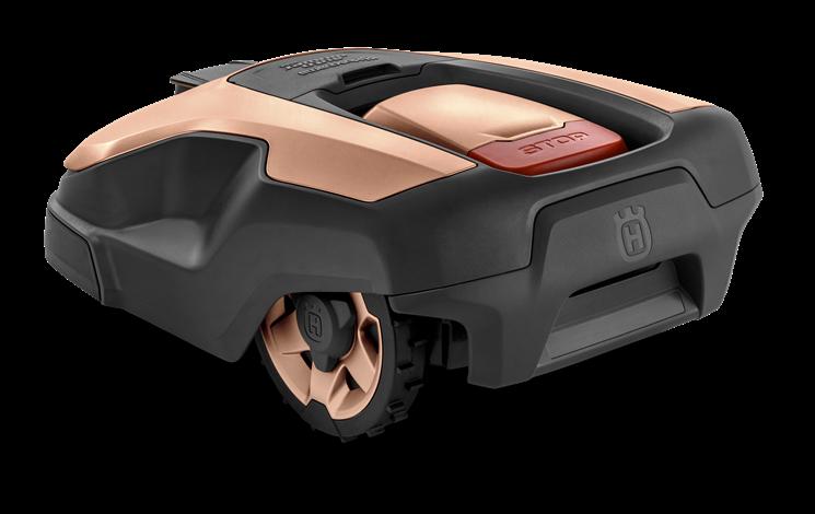 Rose Gold Husqvarna zāles pļāvējs robots, modelis ''Automower 315X'', skats no aizmugures kreisās puses