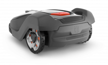 Melns Husqvarna zāles pļāvējs robots – Automower 430X modelis, skats no aizmugures