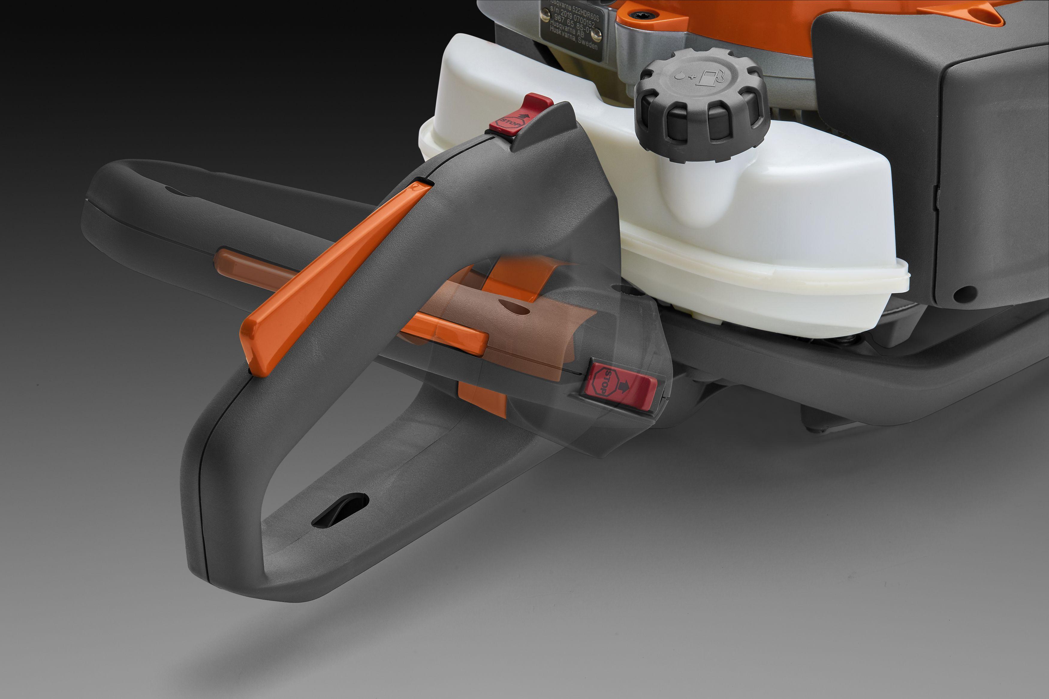 Oranžas Husqvarna Dzīvžogu šķēres, modelis ''522HDR60X'', skats uz rokturi