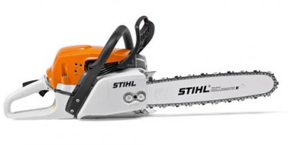 Oranžs, balts Stihl motorzāģis, modelis ''MS291'', skats no labā sāna