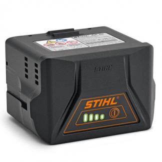 melnas krāsas akumulators