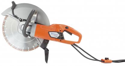 """Oranžs Husqvarna Elektriskais spēka zāģis, modelis """"K4000'' ar 350mm griezējdisku, skats no kreisā sāna"""