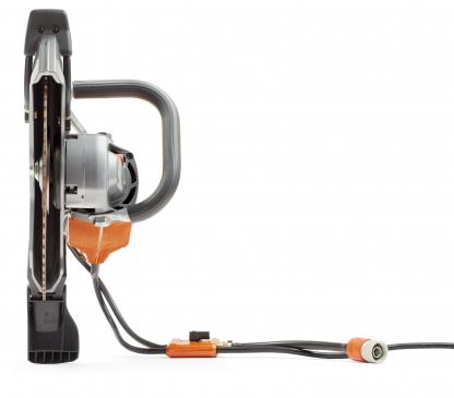 """Oranžs Husqvarna Elektriskais spēka zāģis, modelis """"K4000'' ar 350mm griezējdisku, skats no priekšas"""