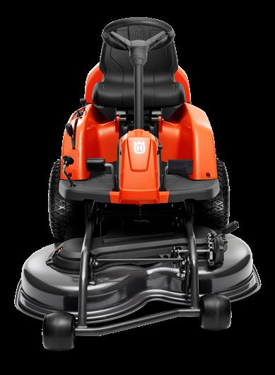 Oranžs Husqvarna raideris, modelis ''R115C'', skats no priekšas