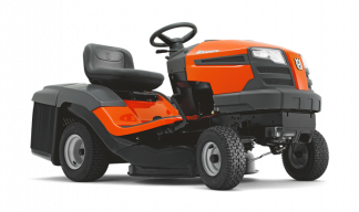 Oranžs Husqvarna zāles pļāvējs traktors, modelis ''TC 130'', skats no priekās labās puses