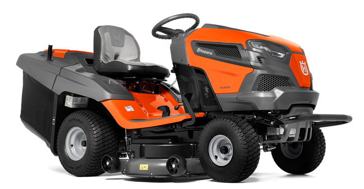 Oranžs Husqvarna zāles pļāvējs traktors, modelis ''TC 242TX'', skats no priekšas labās puses